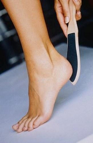 Что делать если между ног темная кожа